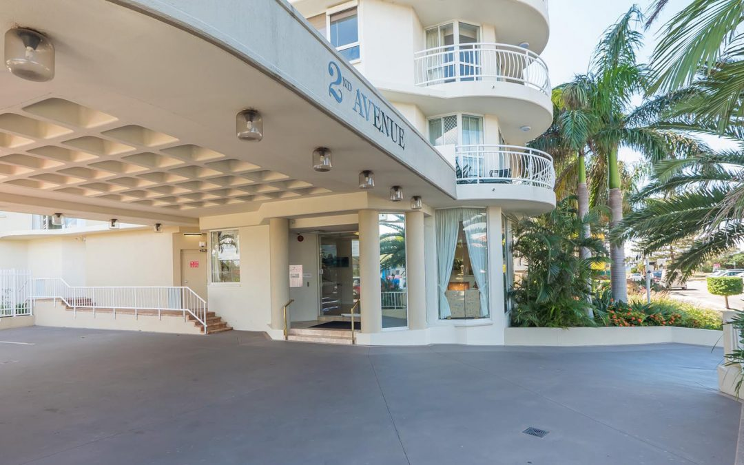 2nd Avenue Beachside Apartments Entry