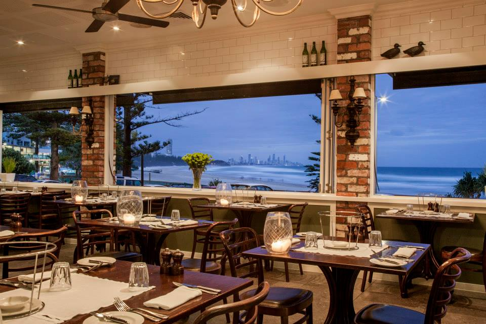 Visit These 8 Burleigh Heads Restaurants Near 2nd Avenue Resort